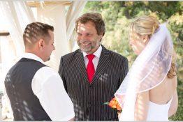 Redner für Hochzeit
